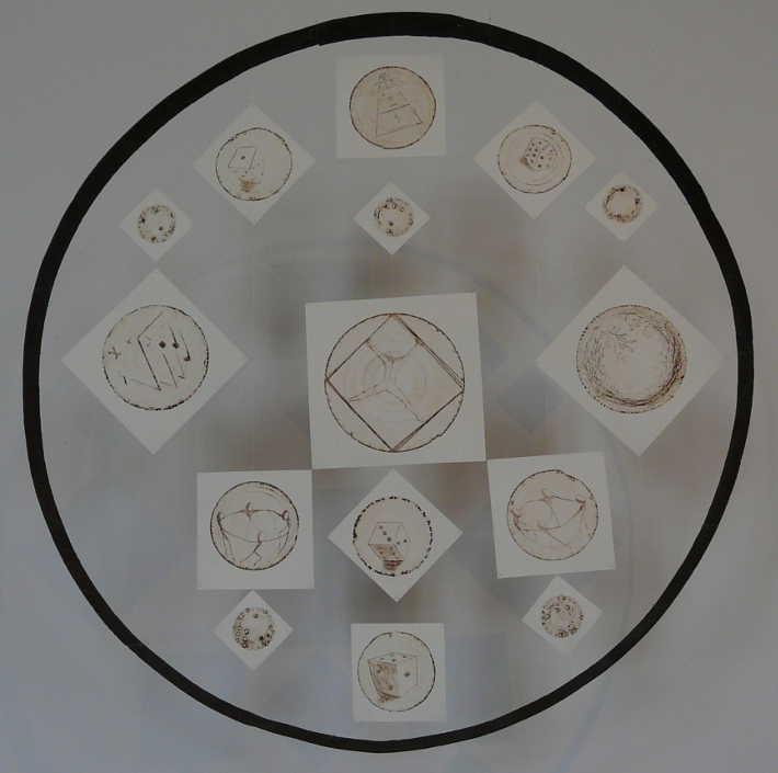 Des ronds des carrés, des rondes et carrées, dés ronds dés carrés